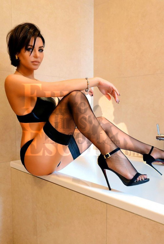 Escort Patricia - beautiful girls from Milan