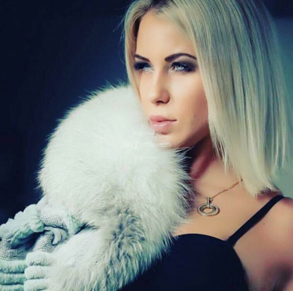 Escort Elena - beautiful girls from Milan